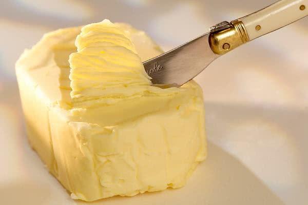Sonhar com manteiga